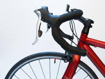 مقدو منحني دراجة شارع أو طريق