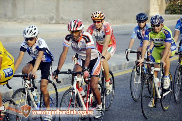 موكب دراجات رياضي في السعودية