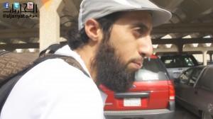 """عبدالعزيز الملحم يتحدى المجتمع في """"أنا أتنقل بدراجة"""" الوثائقي"""