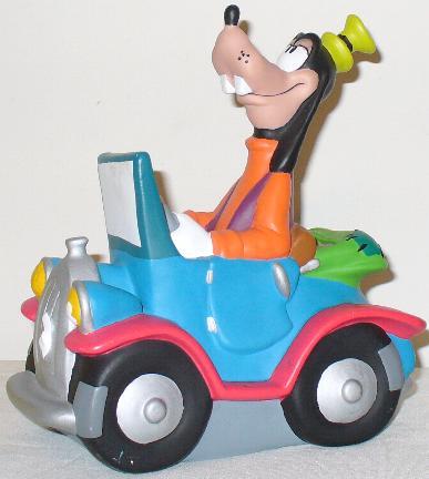 """السائق الأبله.. نوع جديد من أنواع السائقين، مشهد """"قوفي Goofy"""""""