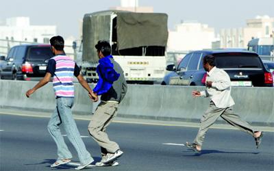 #ثقافة_سيار: منظر طبيعي ولازم  المشاة يركضون